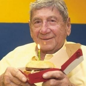 Inventor of McDonald's Big Mac burger Michael Delligatti dies aged ... - mirror.co.uk