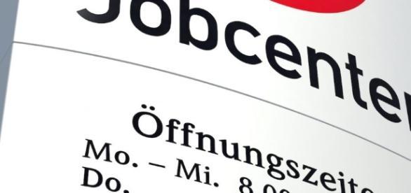 Kündigung erhalten? Schnell bei der Agentur für Arbeit melden ... - expertehilft.de