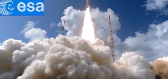 Des satellites Galileo ont été lancés par des Soyouz mais les derniers sont partis de Guyane, lancés par des Ariane (photo Esa, sat. Galileo 18)
