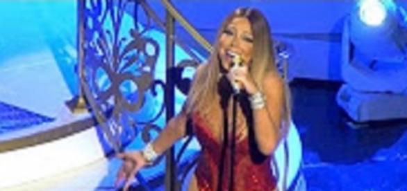Youtube E! news: Mariah Carey's body obsession borders mental health problem?
