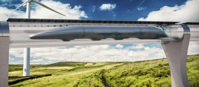 L'hyperloop sur la rampe de lancement à Dubaï