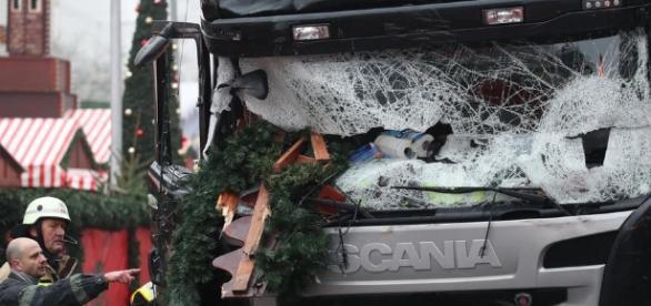 Lastwagen-Anschlag: Täter womöglich auf der Flucht - rtl.de