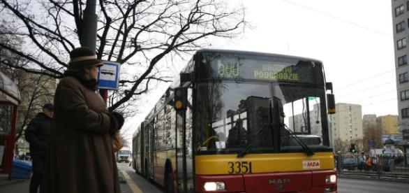 Z darmowego przejazdu ma korzystać około 112 tys. uczniów - naszemiasto.pl