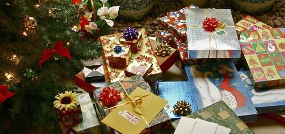 Christmas presents. Picture by Kelvin Kay (Creative Commons)