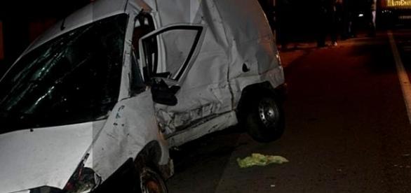 Automóvel chocou lateralmente com a carrinha conduzida pela vítima
