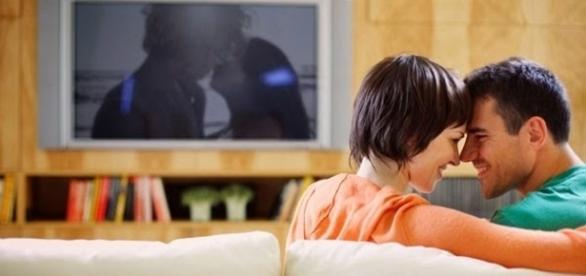Veja filmes que podem apimentar a relação íntima
