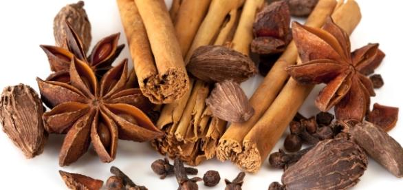 Zapach przypraw korzennych przypomina o zbliżających się świętach