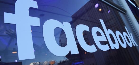 Facebook plans live video push during conventions - POLITICO - politico.com