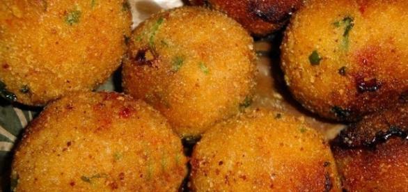 ricetta polpette di tonno, ricetta polpette di tonno e patate ... - today.it
