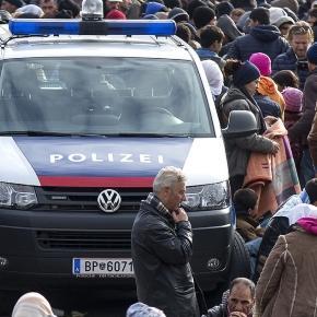 Flüchtlingskrise bringt unsere Polizei ans Limit - Mehr ... - krone.at