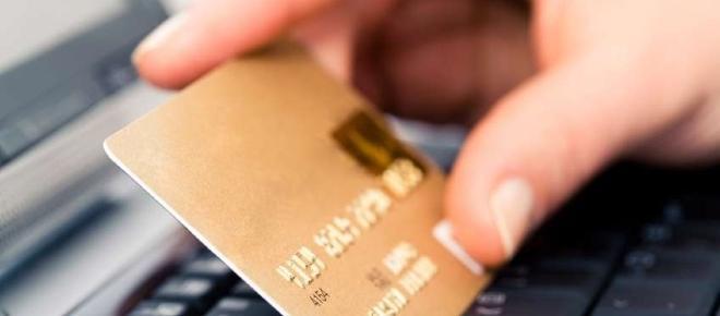 Carte bancaire : le clap de fin pour l'ecarte bleue chez LCL