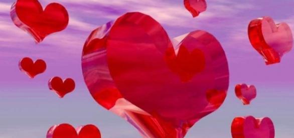 Czerwone serce na Walentynce to symbol miłości