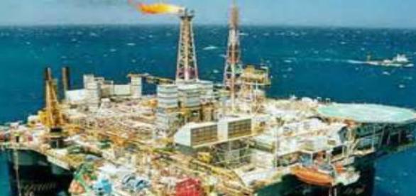 México nunca ha sido dueño de su petroleo