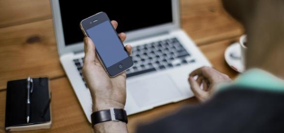 Unesco diz que tecnologia móvel facilita ensino