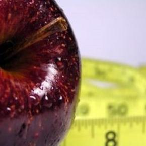 Lose weight naturally with fruit (stock.xchng)