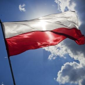 Flaga biało-czerwona/www.pixabay.com