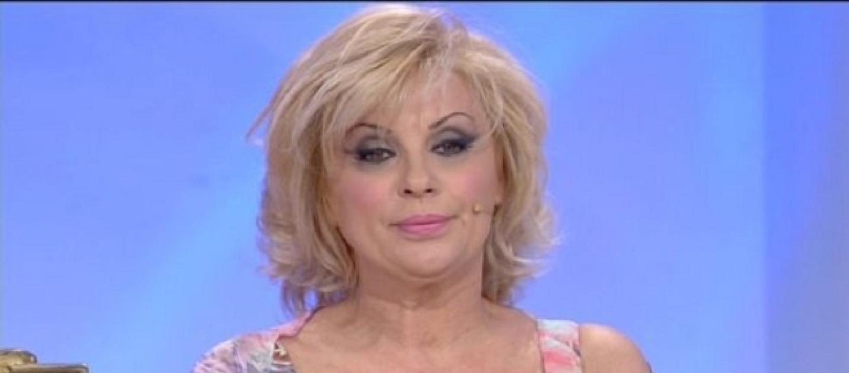 Uomini e donne news di gossip tina se ne andr e - Diva e donne gossip ...