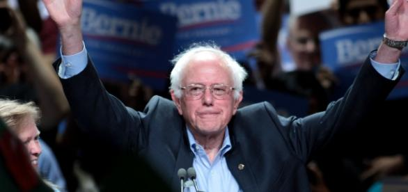 Bernie Sanders in Phoenix, Arizona (Wikipedia)