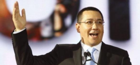 Victor Ponta acuză Universitatea București