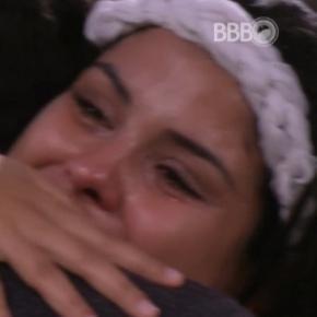 Munik abraça Ronan após eliminação