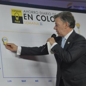 Presidente Santos al reportar ahorro de energía.
