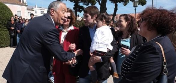 Presidente passou o dia a cumprimentar as pessoas