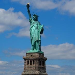 Queres ir estagiar para os EUA ou Canadá?