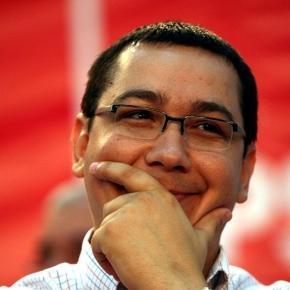 Victor Ponta se implică în discuția publică