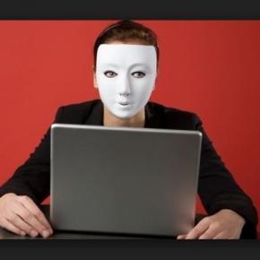 Scammers são os golpistas da internet