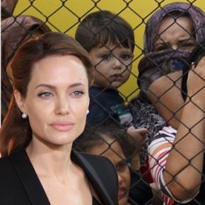 Angelina Jolie ia poziție în criza refugiaților