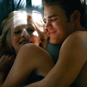 The Vampire Diaries 7ª temporada: Caroline e Stefan