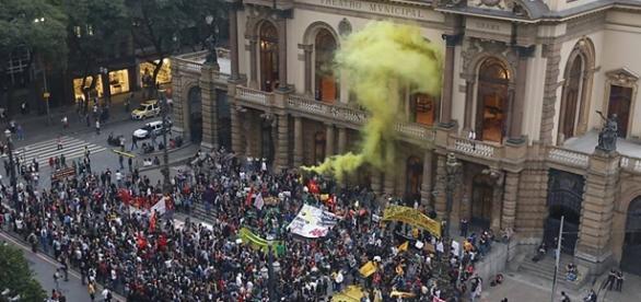 Protesty przeciw Rousseff w Brazylii
