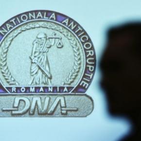 Denunţuri pe bandă rulantă la DNA
