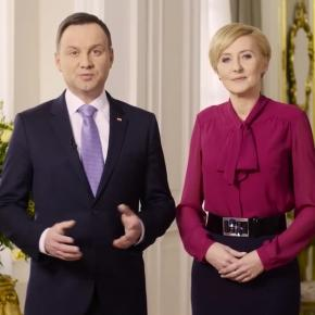 Prezydent wraz z Pierwszą Damą podczas składania życzeń świątecznych.