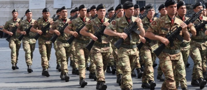 Concorso forze armate si reclutano 270 giovani ai licei for Soggiorni militari invernali 2016 2017