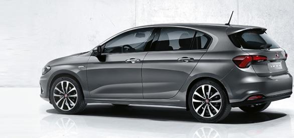 Fiat tipo 5 porte prezzo del modello hatchback prevista for Alessi porte listino prezzi