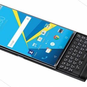 La compañía se centraría únicamente en los servicios empresariales y de seguridad BlackBerry Priv, el primer smartphone con Android de la compañía canadiense Aunque BlackBerry ya ha confirmado que centrará su negocio de smartphones en los dispositivos con Android, las cosas se han vuelto un poco más complicadas para la empresa canadiense. El primer teléfono con Android lanzado por la compañía fue el Priv, un dispositivo que recibió buenos elogios por parte de los fans gracias a sus funciones de seguridad reforzadas, pero a pesar de esto el futuro de BlackBerry es incierto en este momento. Facebook y WhatsApp anunciaron
