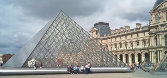 Museu do Louvre, destino turístico