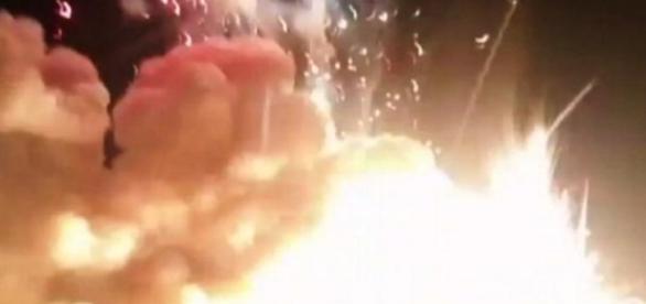 Explozie puternică în India generată de un foc de artificii