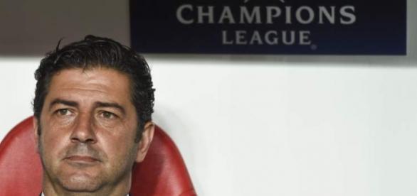 Rui Vitória satisfeito com exibição do Benfica e apoio dos adeptos.
