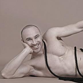 gigolo gay milano gay muscle escort