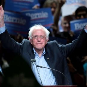 Sanders at rally By Gage Skidmore, CC BY-SA 3.0, https://commons.wikimedia.org/w/index.php?curid=41735147