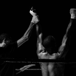Black and white photo of boxers (Pexels)