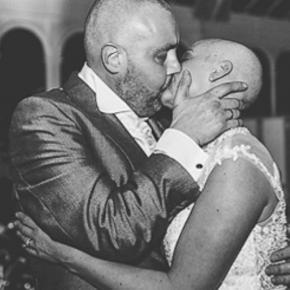 Joana și Craig pe ringul de dans la nuntă