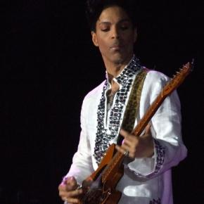 Prince at Coachella in 2008 (Wikipedia)
