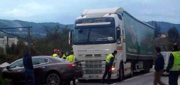 Euromilionária envolvida em acidente com camião.