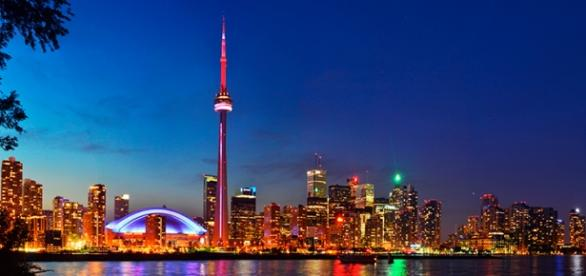 Toronto, no Canadá, oferece bolsas de estudo para brasileiros