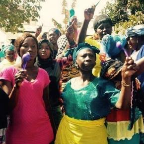 #GambiaRising protesters outside the High Court in Banjul / Photo via SMBC NEWS