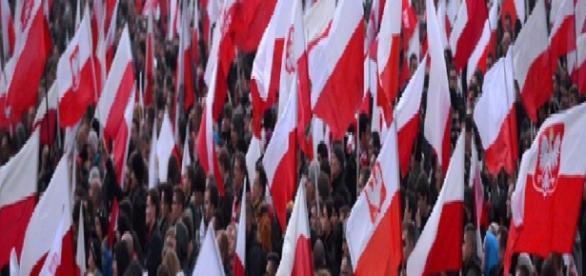 Bóg, Honor, Ojczyzna - polski nazizm wg Al Jazeery