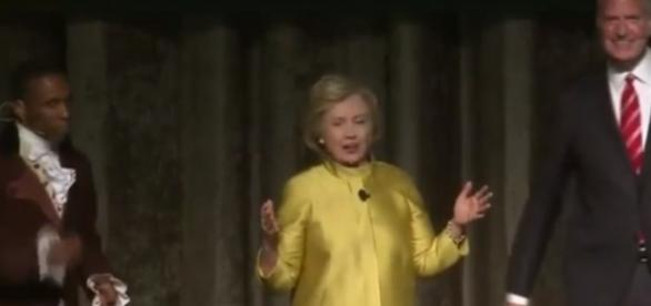 Hilary Clinton and Bill de Blasio in hot water (YouTube)